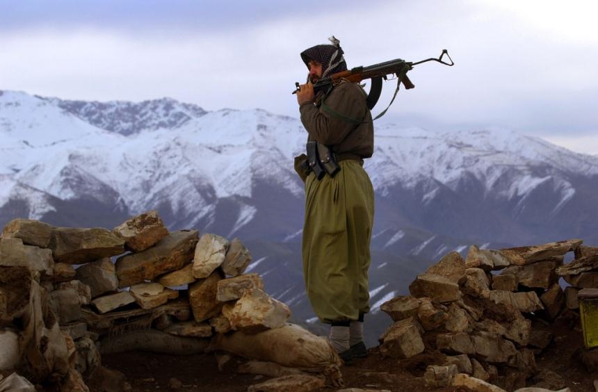 Un guerrillero del PKK. Imagen: Wikimedia Commons