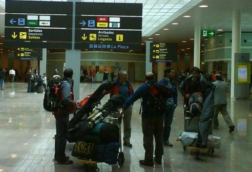 aeropuerto barcelona turistas