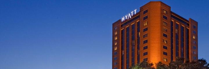 Hyatt-Regency-North-Dallas-Exterior
